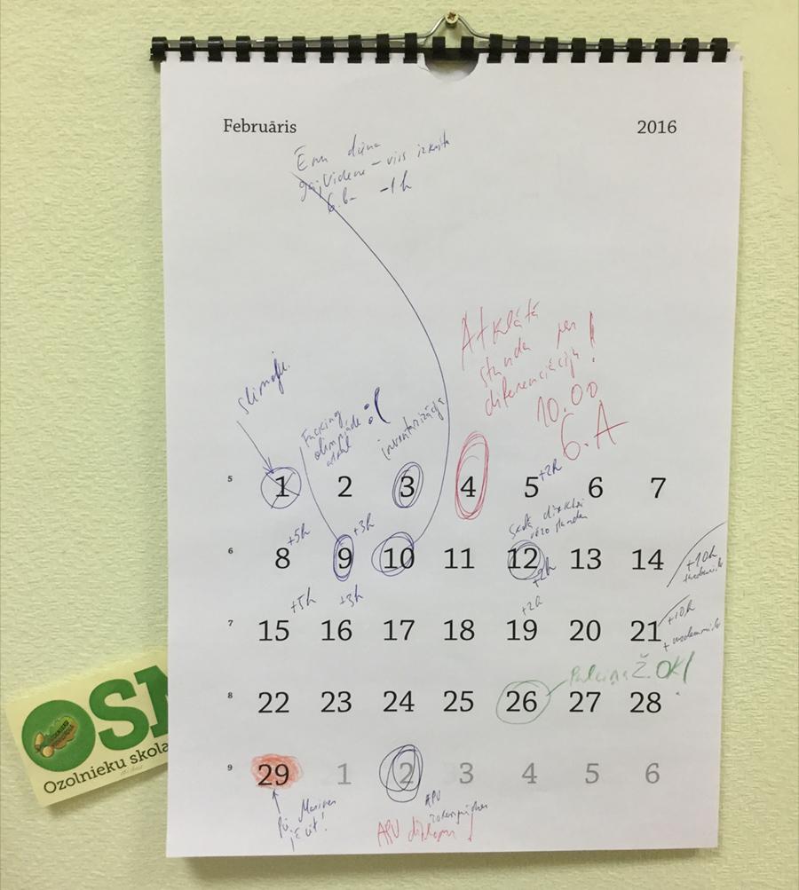 mrserge.lv kalendārs plānotājiem–ķēpātājiem Ozolnieku vidusskolā.