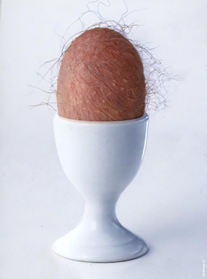 Priecīgas Lieldienas. Ēdiet olas.