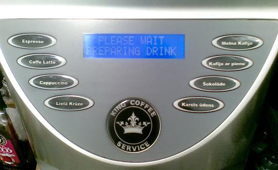 Narvessen kafijas aparāta vadības panelis.