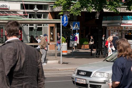 Austrija. Vīne. Bomzītis uz ielas.