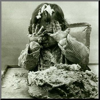 Cake in face. SV.LV / Poligrāfija — divi gadi